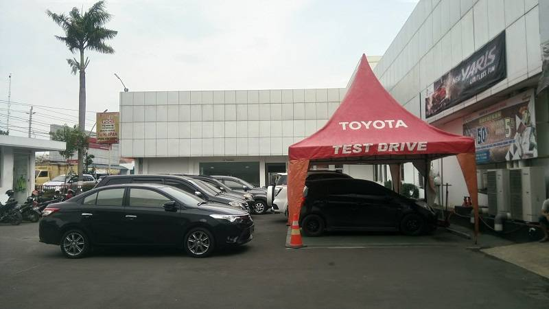 Test Drive Mobil Toyota